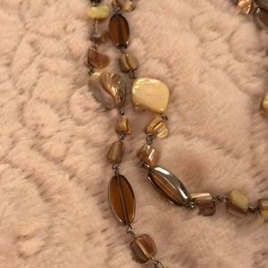 Jewelry - Very pretty earth tones necklace